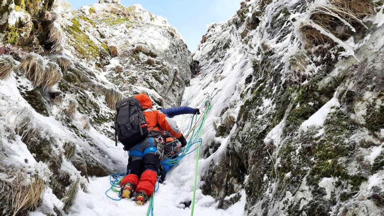 Alpinisme : Unité de formation « Neige » – 16 / 17 Janvier 2021 Au Lioran